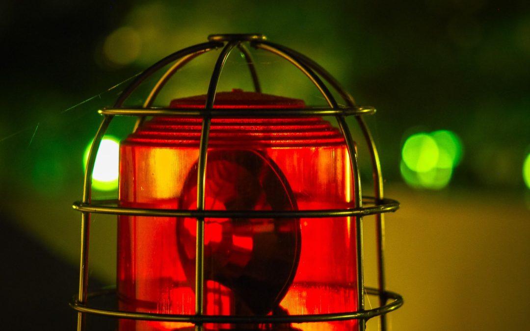 Les règles à retenir sur la signalisation de sécurité au travail – Signalisation lumineuse et acoustique